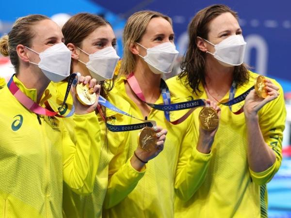 أولمبياد طوكيو.. ذهبية ورقم قياسي لفريق سيدات أستراليا للسباحة